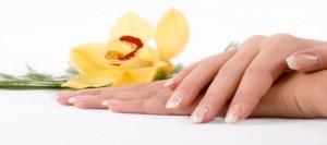 Come fare una manicure semplice fai da te