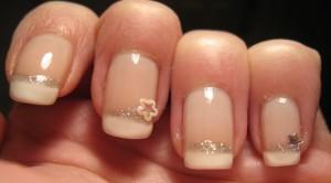 Unghie nail art semplice