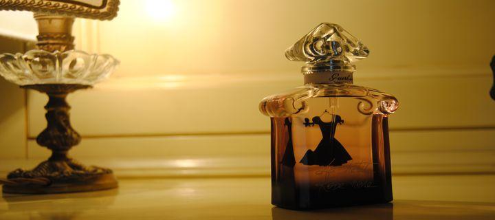 La petite robe noire profumo