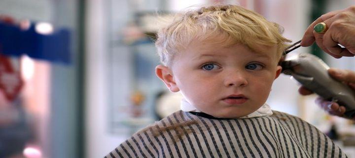 taglio capelli bimbo