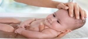 Bagnetto neonato: come fare