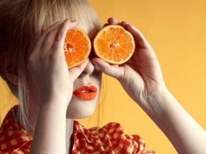 Maschera viso fai da te all'arancia