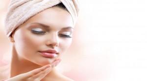 Detergente viso in base al tipo di pelle